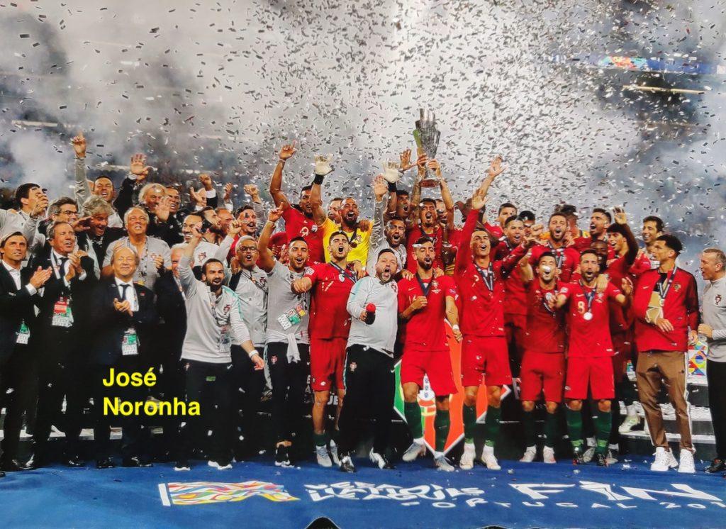 Equipa de Portugal celebra vitória na Taça das Nações de 2019 da UEFA